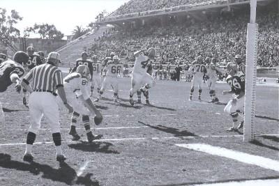 1963 AFL All Star Game, Charlie Hennigan