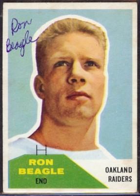 Autographed 1960 Fleer Ron Beagle