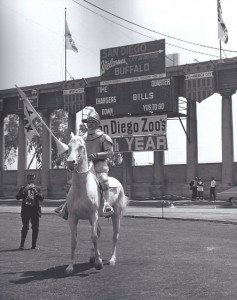 san diego chargers knight mascot
