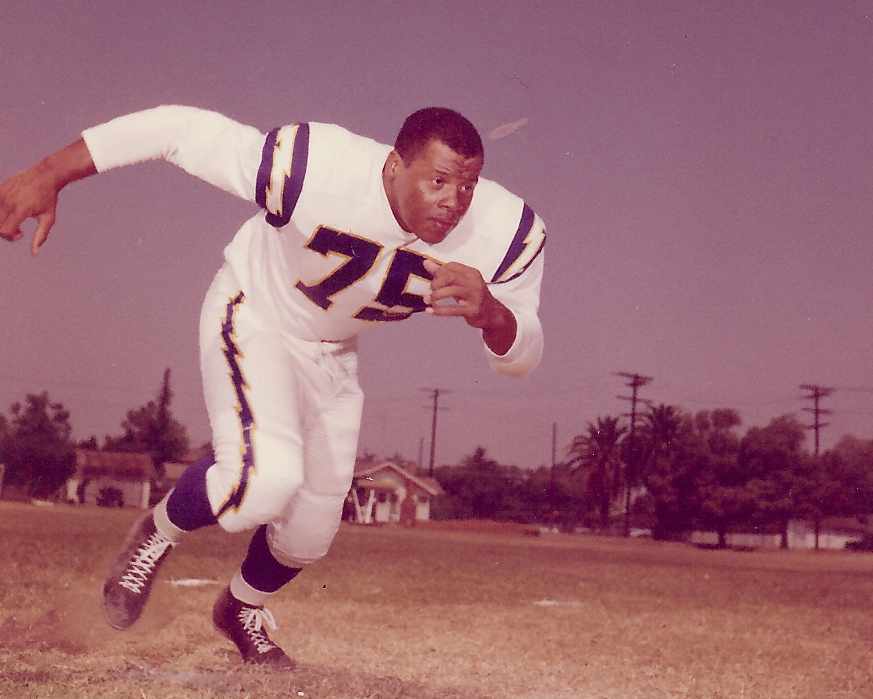 Ernie Ladd and the 1960 Chargers Lightning Bolt – Tales from the AFL