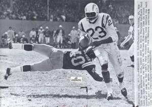 1961 paul lowe vs. new york titans