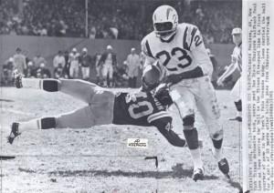 1961 paul lowe vs. new york titans