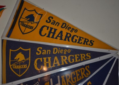 chargers pennant 10