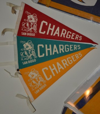 chargers pennant 11