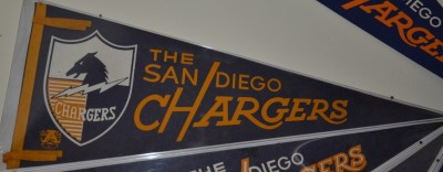 chargers pennant 12