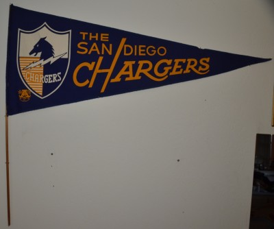 chargers pennant 19
